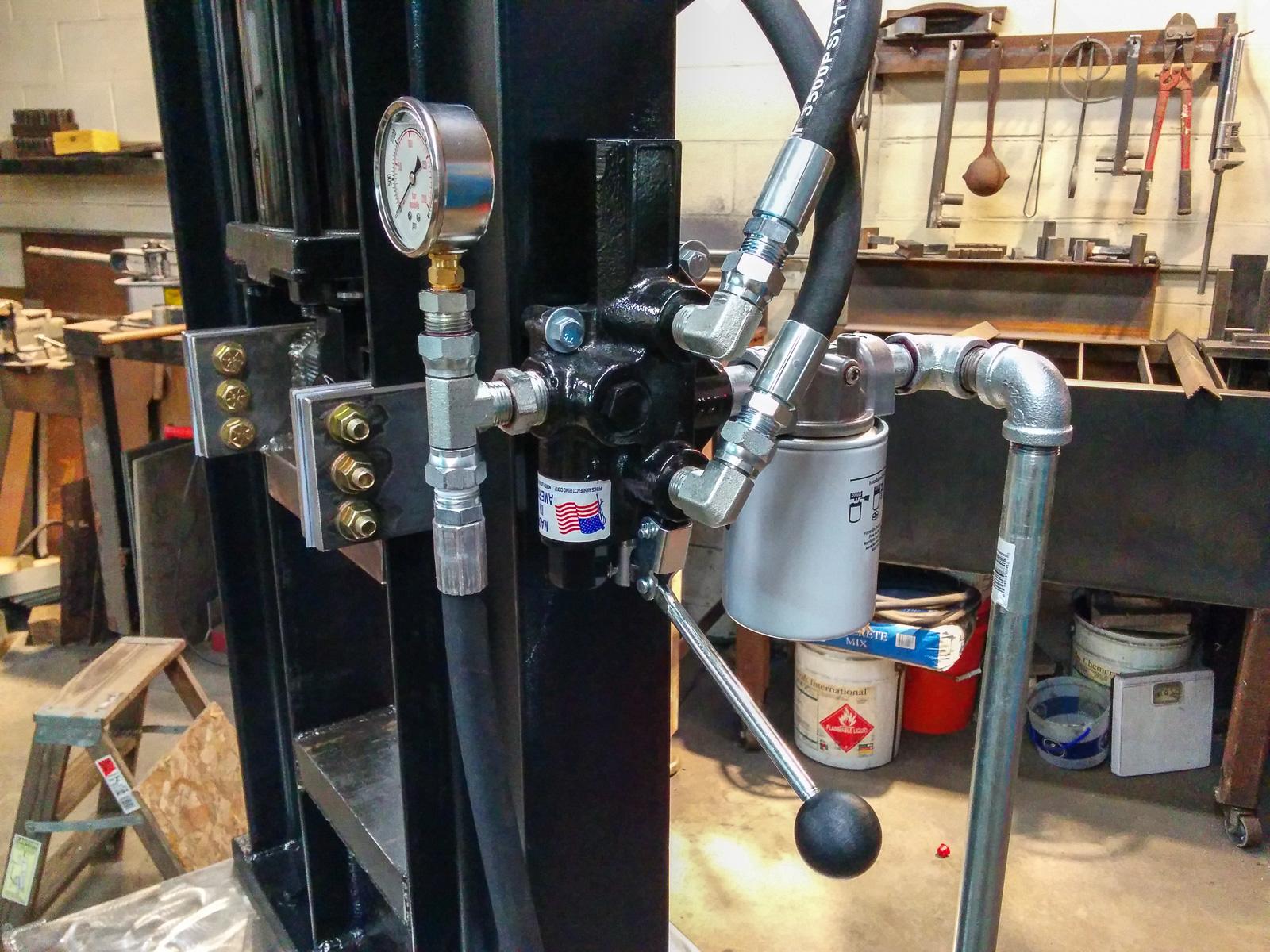 Hydraulic Press Build - Presses